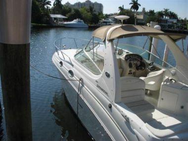 Unnamed Boat - SEA RAY
