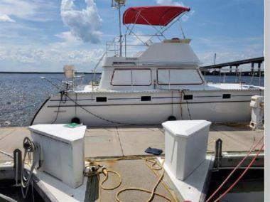 Traveler - PDQ 34 Power Catamaran