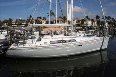 Продажа яхты 37 2013 Beneteau 37 Oceanis