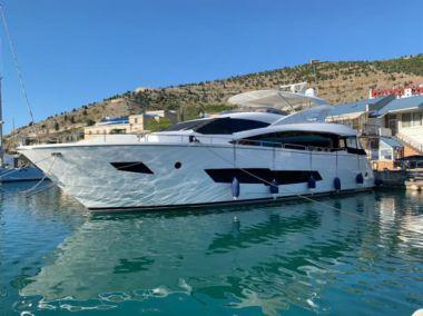 Yacht - SUNSEEKER