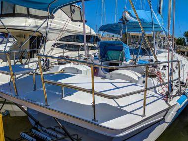 """Стоимость яхты Stenella - Robertson & Caine 63' 0"""""""