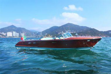 Купить яхту Riva Aquarama Special - RIVA в Atlantic Yacht and Ship