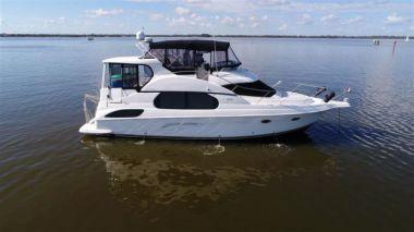 Продажа яхты Black Mako - SILVERTON Aft Deck Motor Yacht