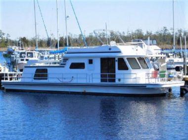 Купить яхту No Name - GIBSON Classic в Atlantic Yacht and Ship