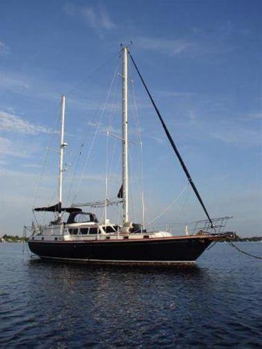 LYRIC - GULFSTAR 47 Sailmaster yacht sale