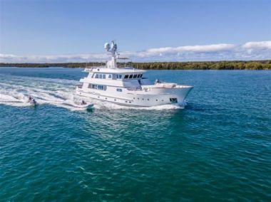 "Купить яхту RELENTLESS - KINGSHIP MARINE 110' 0"" в Shestakov Yacht Sales"