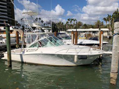 Buy a yacht Cabo 32 Express - CABO