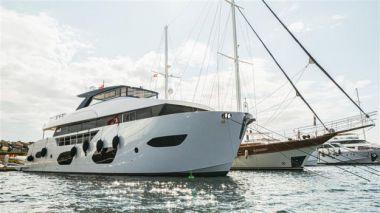 "Buy a yacht ONYX 87 - BORA Boat 87' 8"""