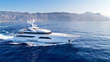 Стоимость яхты LARISA - FEADSHIP 2013