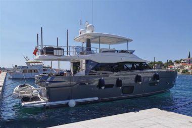 ILYA - AZIMUT Magellano 66 yacht sale