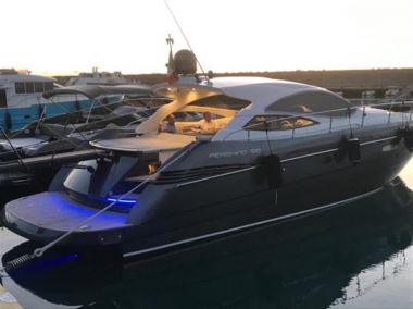 Купить яхту CRAZY WAVE в Atlantic Yacht and Ship