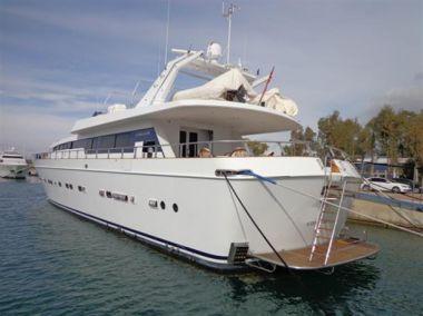 best yacht sales deals AKHIR 31 - CANTIERI DI PISA 1984
