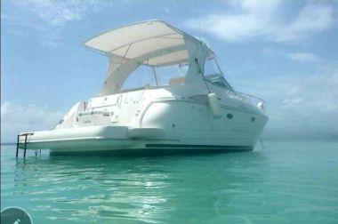 """Catalina Del Mar - Cruisers Yachts 37' 0"""""""