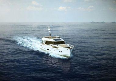 Купить яхту Greenline Hybrid 48 - GREENLINE в Shestakov Yacht Sales