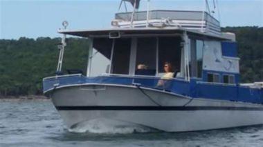 40' Houseboat - RIVER QUEEN 1969