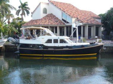 Лучшие предложения покупки яхты Lady Debora - LINSSEN