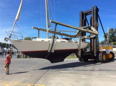 Купить яхту Artemis - BRISTOL YACHTS 34 в Atlantic Yacht and Ship