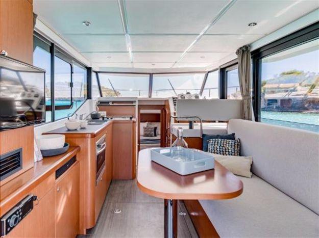 30ft 2018 Beneteau Swift Trawler - BENETEAU - Buy and sell boats
