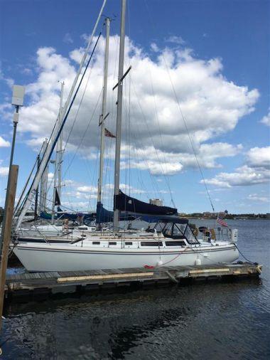 Продажа яхты SHANAGOLDEN - CATALINA CATALINA 34' Tall Rig