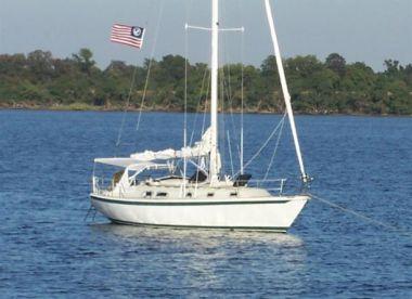 Southern Yankee - ERICSON YACHTS 38