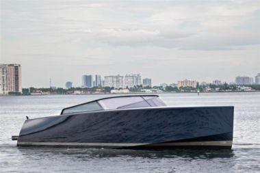 Купить яхту KISMET - VanDutch 55 в Shestakov Yacht Sales