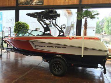 Продажа яхты Sport Nautique 200V