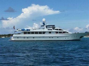 Лучшие предложения покупки яхты 112ft 1983 Benetti Custom Lloyds M.Y. - BENETTI
