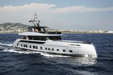 Купить яхту Dynamiq GTT115  в Shestakov Yacht Sales