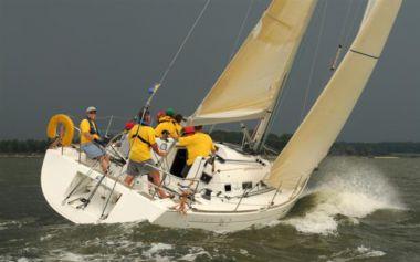 Стоимость яхты Southern Cross - BENETEAU
