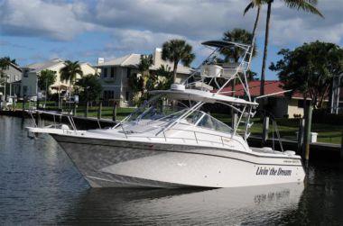 best yacht sales deals LIVIN' THE DREAM - GRADY-WHITE