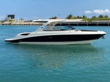 2017 Sea Ray 350 SLX @ Cancun - SEA RAY