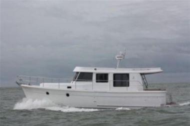 Buy a yacht Beneteau Swift Trawler 34 (BAM) - BENETEAU 2015