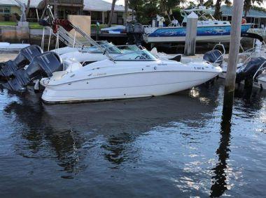 Продажа яхты Category 5 - HURRICANE 2200 OB