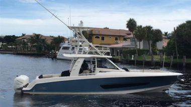 Lena Maria - BOSTON WHALER 420 Outrage yacht sale