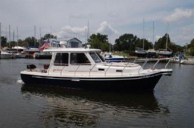 Купить яхту Fortunate - Fox Island Thirty- Sedan Cruiser в Atlantic Yacht and Ship