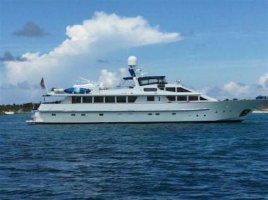 Продажа яхты 112ft 1983 Benetti Custom Lloyds M.Y. - BENETTI Custom Lloyds M.Y.