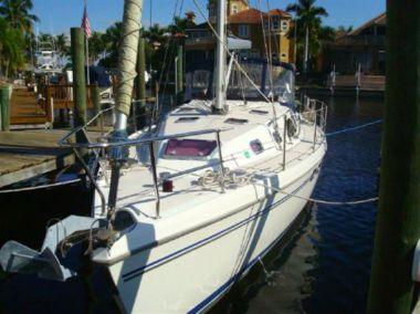 Стоимость яхты CIAO - CATALINA 2009