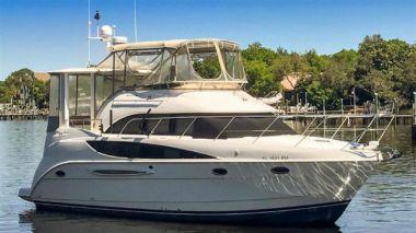 Cool Change - MERIDIAN 368 Motor Yacht