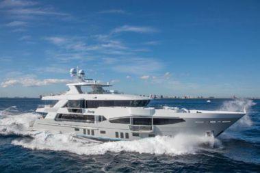 Стоимость яхты Serenity - IAG 2016