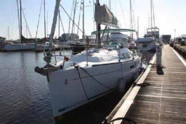 Стоимость яхты Serenity Now - BENETEAU 2012
