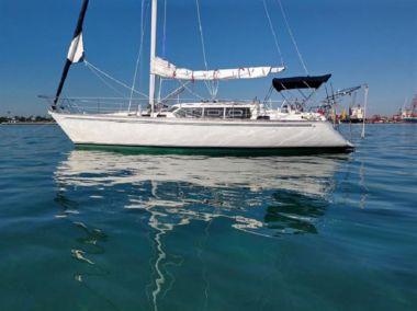 Стоимость яхты Hoosier - SABRE YACHTS