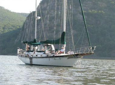 Sabine - ISLAND TRADER