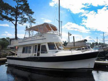 Seascape yacht sale
