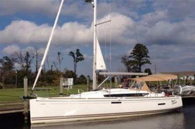 Купить яхту Jeanneau Sun Odyssey 379 - JEANNEAU Sun Odyssey 379 в Atlantic Yacht and Ship