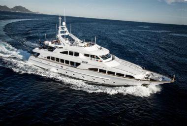 "Стоимость яхты Benetti Classic 35 M - BENETTI 115' 0"""