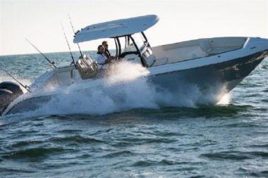 Продажа яхты 2014 Century 32
