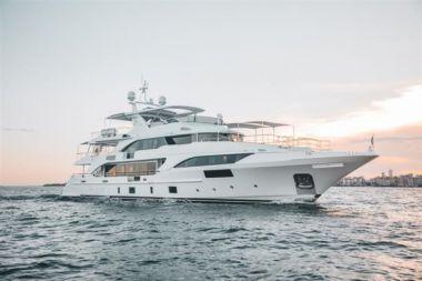 Купить яхту PERLA - BENETTI 132 Classic Supreme в Atlantic Yacht and Ship