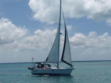 """Стоимость яхты Southern Vectis - HUNTER 38' 0"""""""