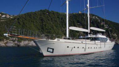 """Стоимость яхты Andromeda - CNT Castagnola 128' 0"""""""
