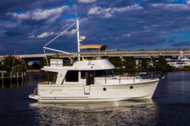 Стоимость яхты 34ft 2018 Beneteau Swift Trawler - BENETEAU